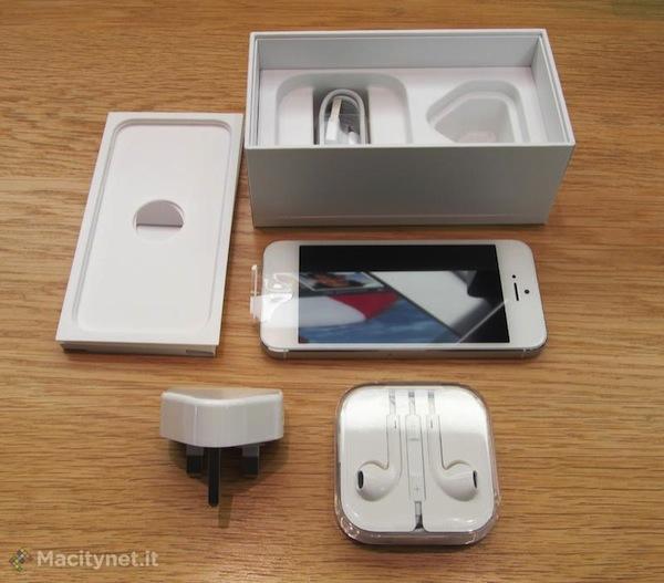 confezione iPhone 5