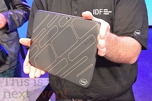 Tablet prototipo Intel con Atom Medfield e Android Honeycomb
