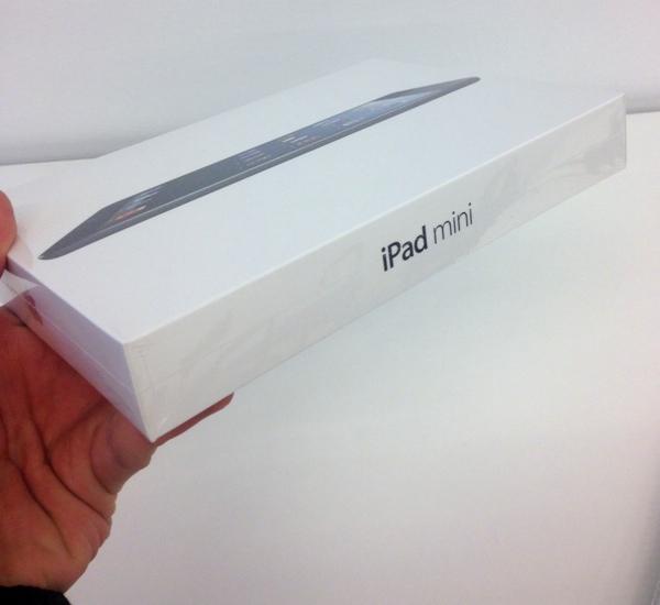 iPad mini scatola italia