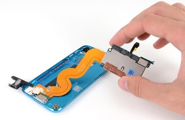 ipod touch quinta generazione smontato iFixit